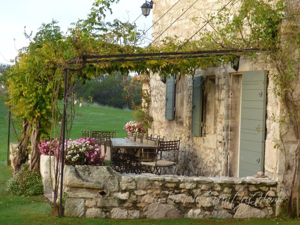 staying in the south of france – le mas de la rose